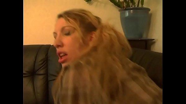 Fucking Dolls Deense Porno